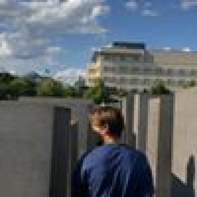 Roman zoekt een Appartement / Huurwoning / Kamer / Studio / Woonboot in Utrecht