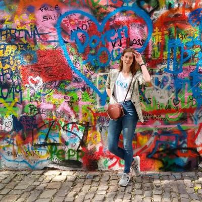 Jennifer zoekt een Kamer / Studio / Appartement in Utrecht