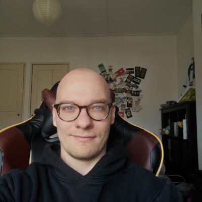 Raphael zoekt een Appartement / Huurwoning / Kamer / Studio in Utrecht